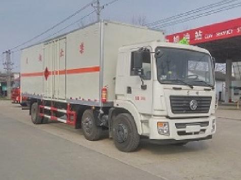 东风小三轴CLW5255XRYE5型易燃液体厢式运输车-程力威牌CLW5255XRYE5型易燃液体厢式运输车-免征: 无|燃油: 无
