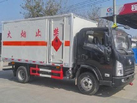 陕汽轩德CLW5083XQYS5型爆破器材运输车-程力威牌CLW5083XQYS5型爆破器材运输车-免征: 无|燃油: 无